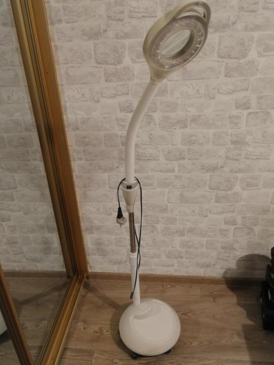 Лампа-лупа косметологическая «Эконом»