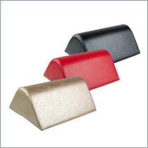Валик-подушка под колени (треугольный)