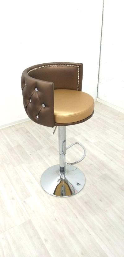 Кресло визажиста на ножке